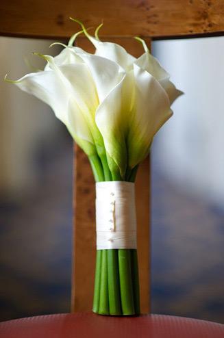 http://dager.ru/img/bouquet/kalla/buket-nevesty-iz-kall-19.jpg