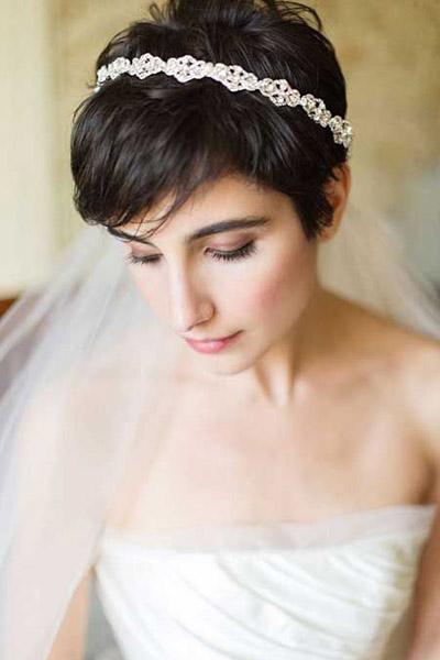 Свадебная прическа для очень коротких волос